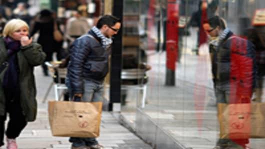 shoppers_2_200.jpg