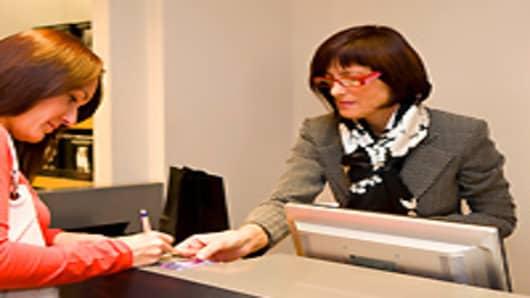 register_shopping2_200.jpg