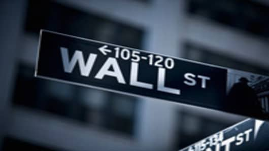 consumer_wallstreet_sign_200.jpg