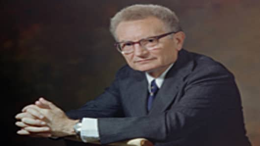 1978 portrait of American economist Paul Anthony Samuelson, winner of the Nobel prize for Economics in 1970.