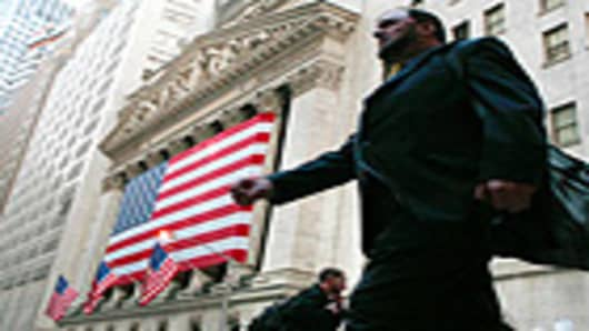 NYSE_trader_walking_OQ_140.jpg