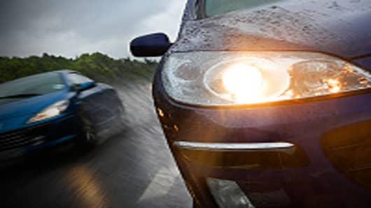 cars_highway_rain_200.jpg