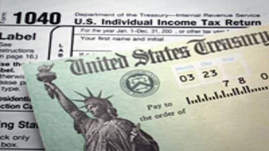 1040_tax_return_check_200.jpg