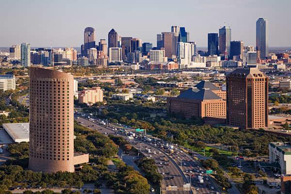 Price-to-rent ratio: 18.5 Average home list price: $293,767 Average rental price: $1,324