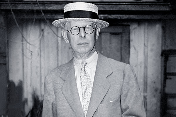 "Position: TraderClaim To Fame: Shorted Crash of 1929Nicknamed ""Boy Plunger"" Jesse Livermore is among the very few investors who profited handsomely from both the Panic of 1907 and the Great Crash of 1929 largely due to short positions that generated as much as $100 million. His philosophy of trading is still widely citied, 'increase the size of your position if they're moving in your favor and cut losses quickly.' Livermore died  in 1940  at the age of 67."