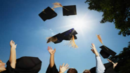 graduation_2_200.jpg
