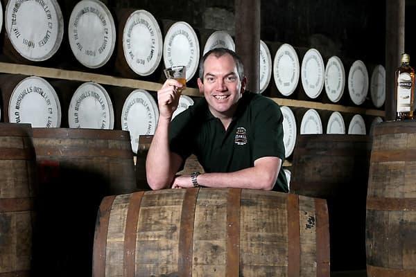 SS_Coolest_jobs_summer_whisky.jpg