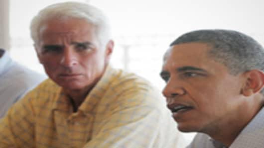 US President Barack Obama and Florida Governor Charlie Crist.