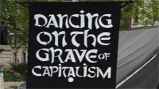 capitalism_grave_200.jpg