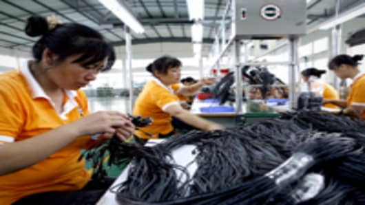 chinese_factory_workers_2_200.jpg
