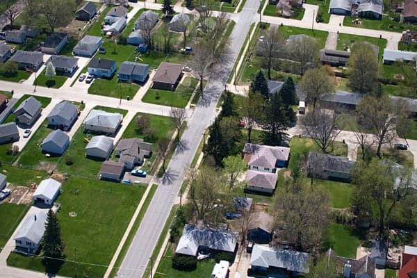 Zillow median home value: $145,700 Month-over-month change: +0.81% Avg monthly mortgage payment: $707.80 Mortgage payment as % of income: 15% Unemployment rate: 6.3% Cost of living: 81.5 For home prices in Des Moines, there have now been six consecutive months of flat or monthly appreciation, with values that are about 20% lower than the national average. In addition, the city has an unemployment rate that is almost half the national average and a low overall cost of living.