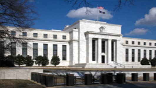 fed_reserve_bldg_240.jpg