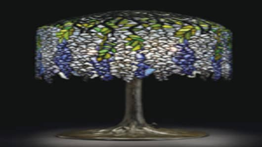 How To Spot An Authentic Tiffany Lamp