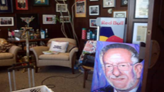 vegas_mayor_goodman_office_1_200.jpg