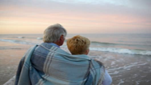 retired_couple_beach_200.jpg