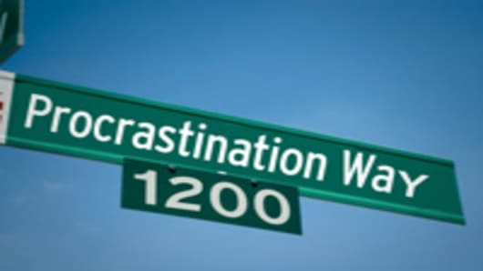 procastination_way_sign_2_200.jpg