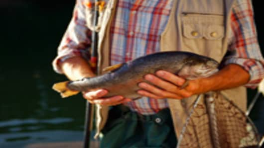 fisherman_rainbow_trout_200.jpg