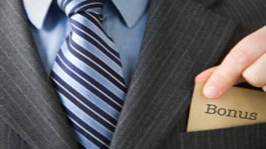 suit_bonus_200.jpg