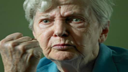 old_lady_angry_200.jpg
