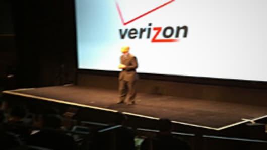 Lowell McAdam, Verizon President and COO