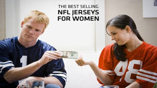 With more than 40 percent of NFL fans being female, jerseys tailored for women have become popular in recent years. So it's interesting to see what jerseys men buy that women don't and vice versa. With sales of female jerseys rising exponentially, there's big business in selling player specific apparel to the female NFL fans. According to data provided by NFLShop.com, the jerseys that are popular among women are much different than those favored by men. So, whose jersey sells the most? Click ahe