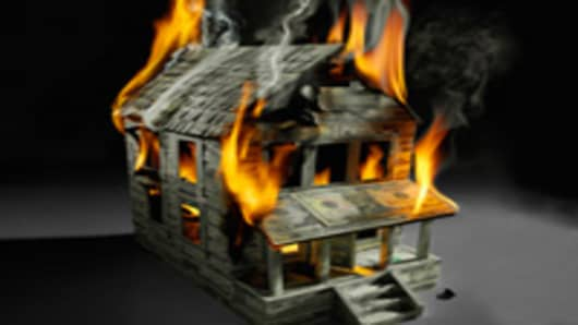 house_of_money_fire_200.jpg
