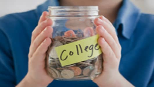 8 Ways You Can Go to College for Free