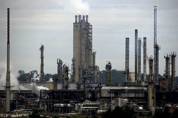 Proved oil reserves: 11.65 billion barrels Proportion of world total: 0.95% Total oil production: 2.57 million barrels Consumption: 2.52 million barrels Exports to the US: 295,000 barrels (Dec 2010)