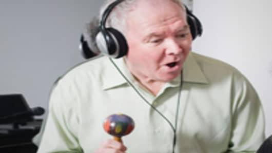 man_with_microphone_200.jpg