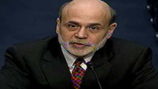 Bernanke Testifies to Congress on U.S. Monetary Policy