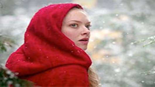 Amanda Seyfried as Valerie in Red Riding Hood.