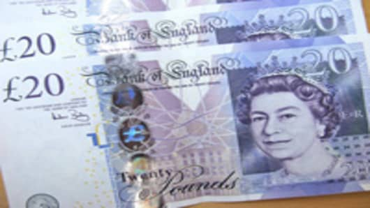 british_pounds_200.jpg