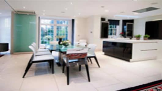 gadafi_london_property_kitchen_200.jpg
