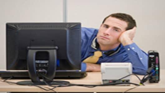 bored_employee_200.jpg