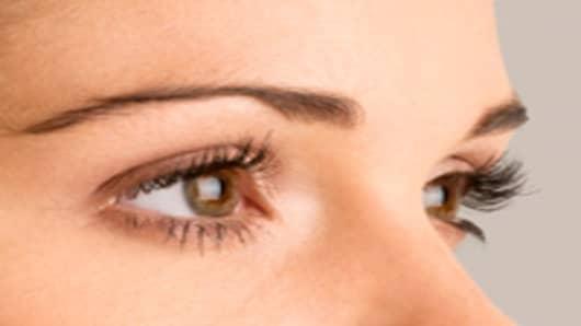 eyebrows_closeup_200.jpg