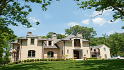 mansion_springtime_200.jpg