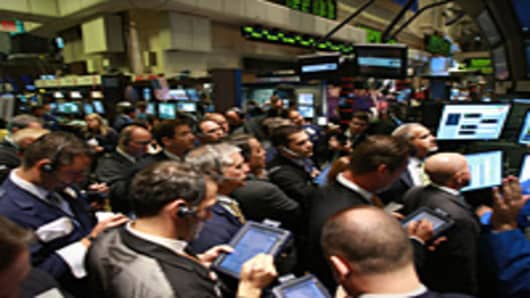 wallSt_traders3_200.jpg