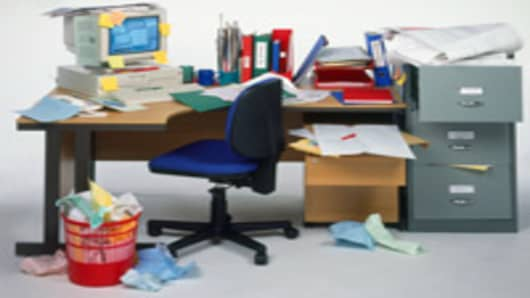messy_desk_200.jpg