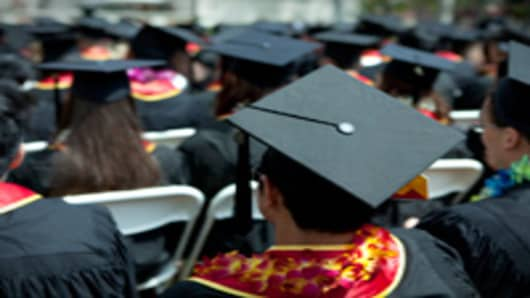 graduation_ceremony_200.jpg