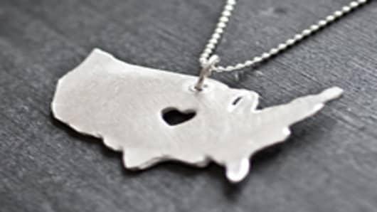 usa_necklace_200.jpg