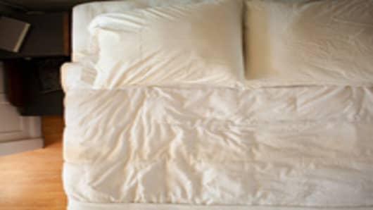 bed_overhead_200.jpg