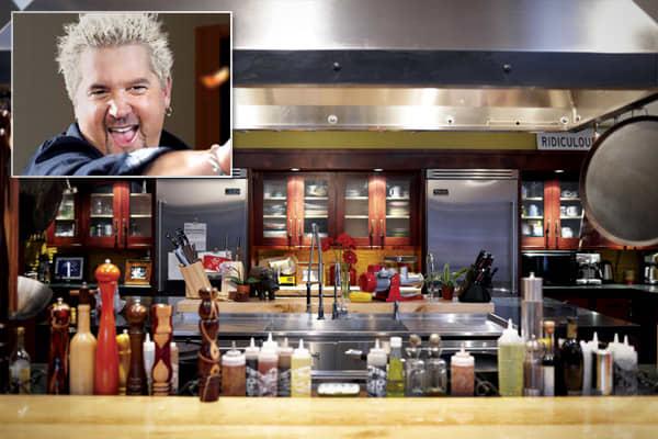 43267675-cnbc_celeb_chef_kitchens_fieri3