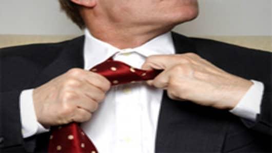 necktie_loosening_200.jpg