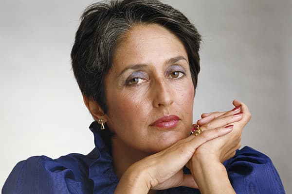In the unauthorized biography, , author Alan Deutschman wrote that Jobs once dated Joan Baez. Jobs has never confirmed his relationship with the singer, but in another unauthorized biography,  by Jeffrey S. Young and William L. Simon, the authors suggested that Jobs would have married Baez, but her age meant it was unlikely the couple could have children.