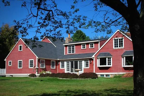 Year Built: 1936Price: $1,400,000Beds/Baths: 4/ 3.5