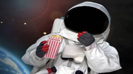 astronaut_eating_popcorn_200.jpg