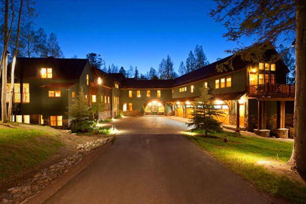 """Location: Telluride, ColoradoValue: $18,300,000Bedrooms / Baths: 11 / 12.5Square Footage: 14,200Jerry Seinfeld's massive Telluride compound on nearly 27 acres is being offered fully furnished. The renovated circa-1991 mansion has a wet bar, lofts, and a guesthouse. As for those beautiful natural surroundings, outdoor features include a 5,500 square-foot deck, which is an expanse bigger than many people's actual homes (""""What is the deal with that?"""") hiking trails and a creek, and views of Sunshin"""