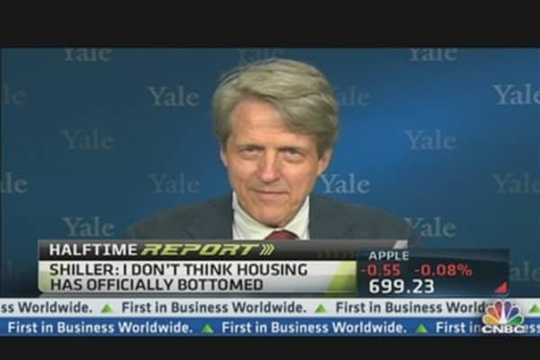 Shiller: 'Not Ready Yet' to Call Housing Bottom