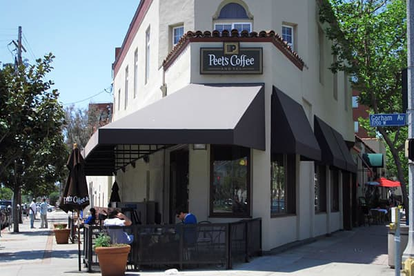 Stores: 1932010 Sales: $211 millionPeet's has been around a lot longer than most coffee chains. Founded in Berkeley, Calif., in 1966, Peet's has grown to just 193 locations as of 2010. Estimated sales for that year topped $211 million, though, rising 4.9 percent year-over-year.