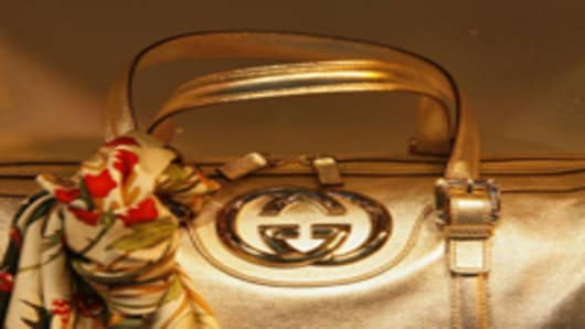 gucci-bag-close-up_200.jpg
